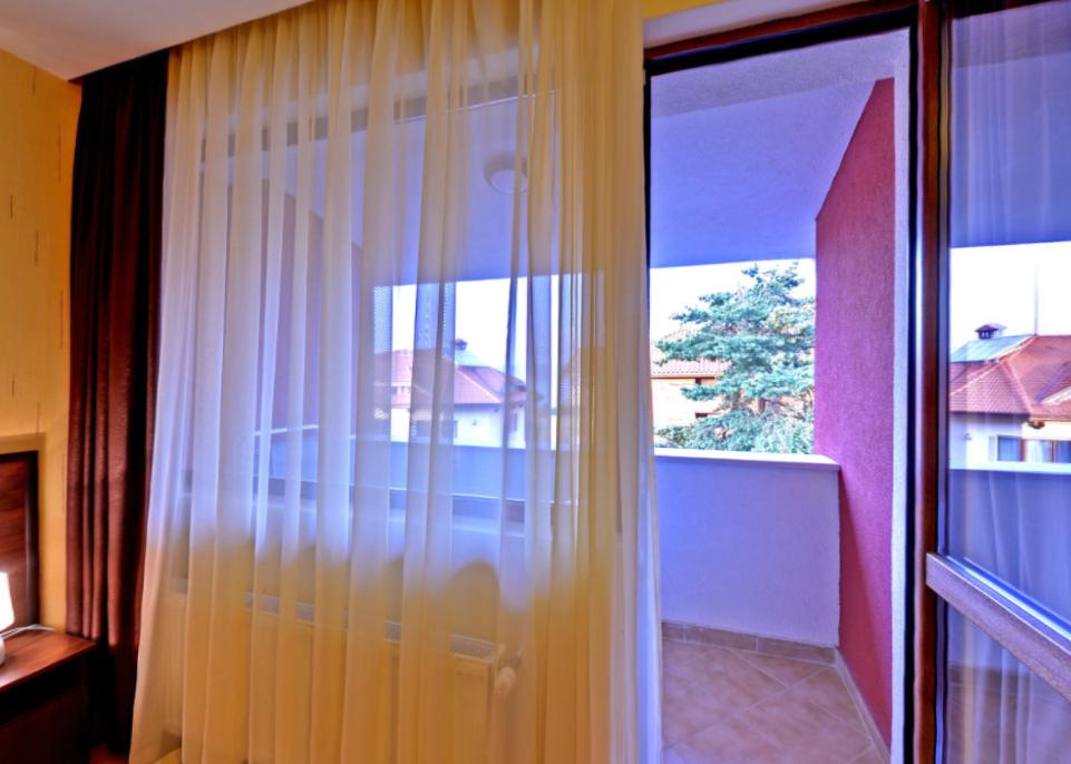 стая прозорец и тераса