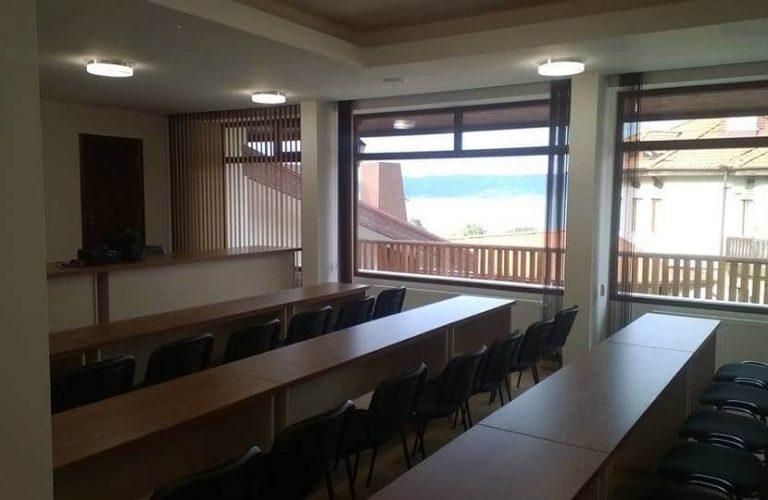 business-room-2